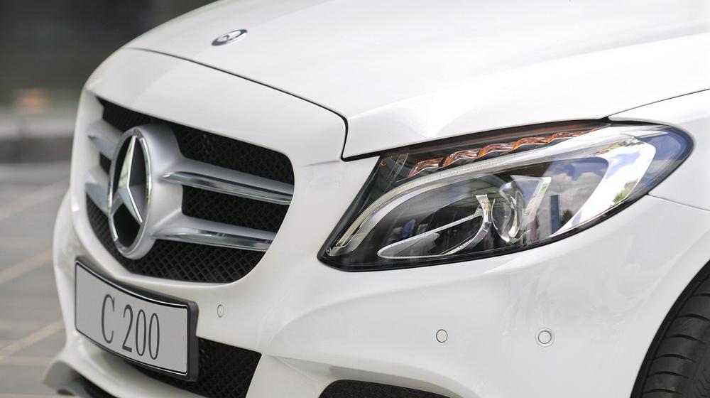 mercedes-benz-c200 đèn xe