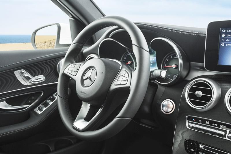 mercedes-glc 300-2017-vô lăng