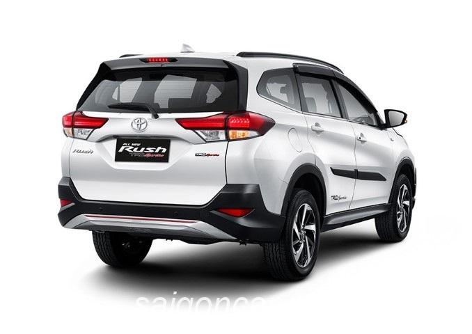 Toyota Rush 2019 Duoi Xe