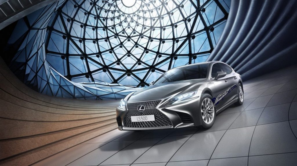 Đầu xe Lexus LS 500 2019