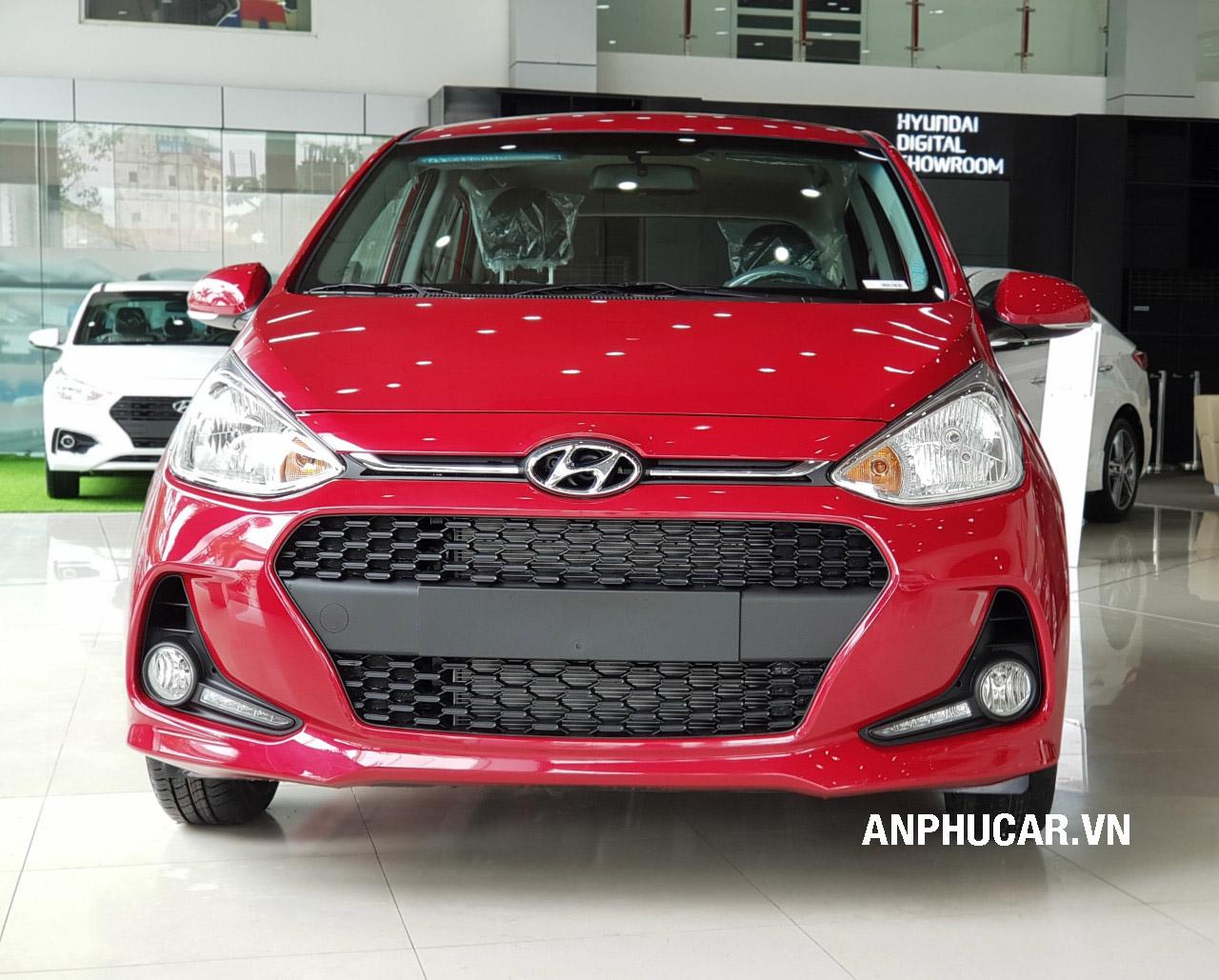 đầu xe mua xe Hyundai i10 2020