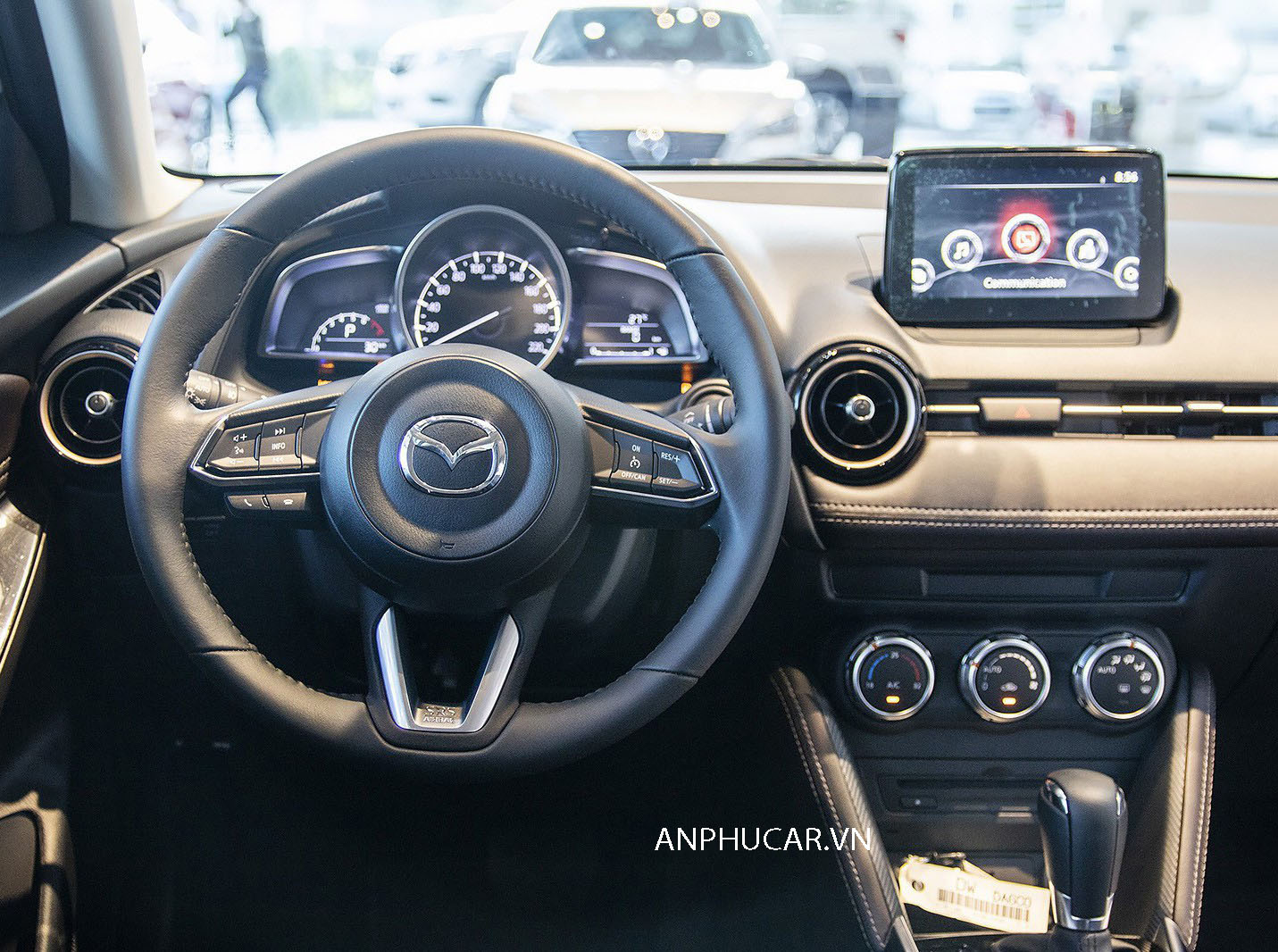 Nội thất xe Mazda 2 2020 mới