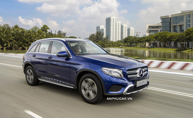 Mercedes-Benz GLC 200 vận hành như thế nào?