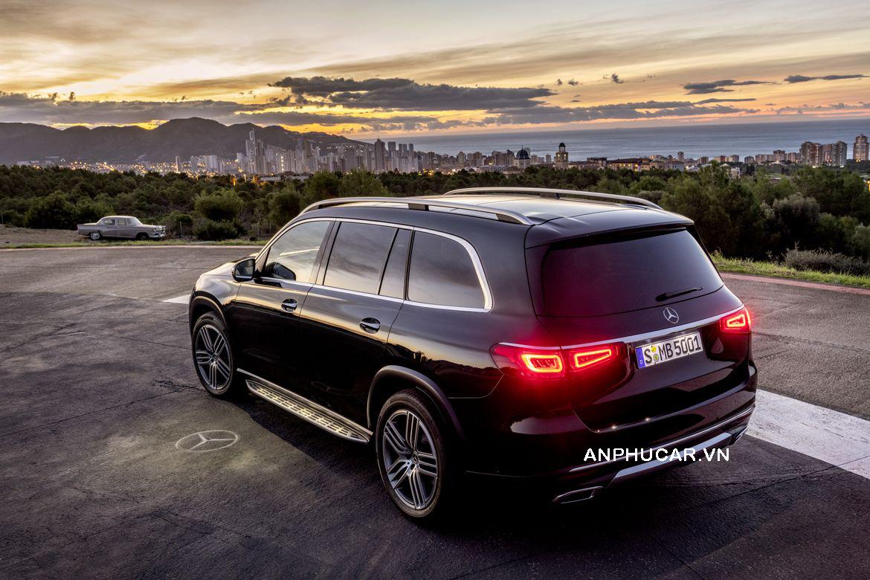 Mercedes-Benz GLS 2020  động cơ mạnh mẽ