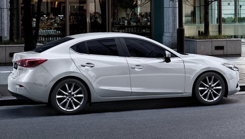 Mazda 3 2.0 hong xe