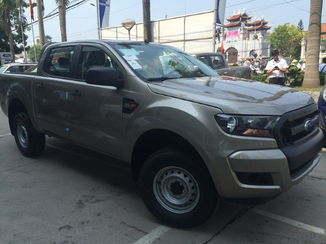 Ford Ranger XL 2.2L- 4×4 MT