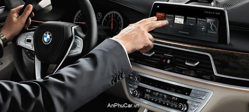 BMW M760 Li XDrive 2020 Noi That