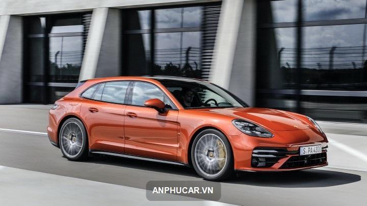 gia xe Porsche Panamera 2021